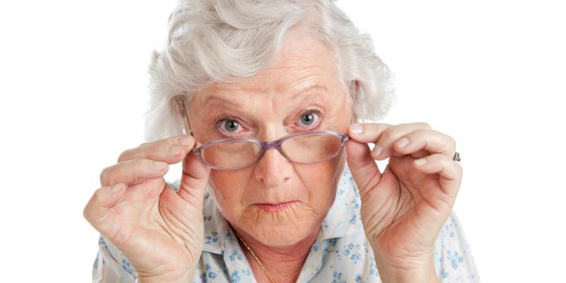 סבתא חויבה במזונות זמניים וערערה על כך – מה קבע בית המשפט המחוזי?